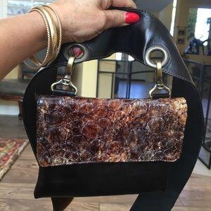 Handbags - Waist Bag, Cross Body Bag, Belt, All In One!